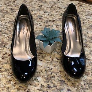 Comfort plus by predictions heels sz-7